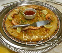 Visbastilla – filodeeg gevuld met een vulling van vis en mihoen