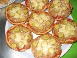 Pizzabroodjes met tonijn