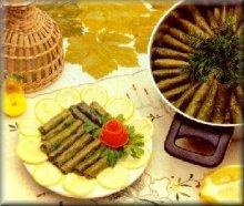 Kiymali sarma (Gevulde wijnbladeren met gehakt)