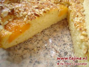 Abrikozencake met amandelen