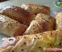 Bladerdeeghapjes gevuld met Kip Groenten of kaas