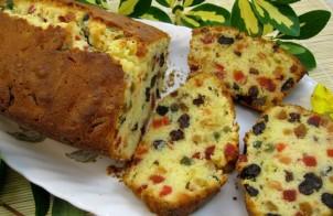 Cake met gekonfijte vruchten