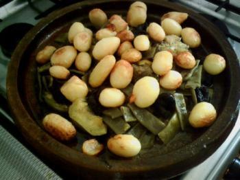 Tajine gehakt met groenten-pruimen-krieltjes