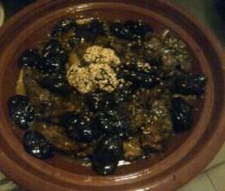 Vlees  met pruimen