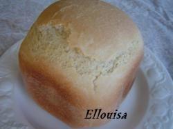 Wit brood voor broodbakmachine of oven