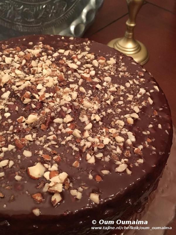 Chococake overgoten met ganache in vijf minuten staat ie in de oven 2