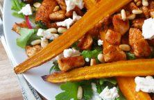 Salade met geroosterde wortel en kipfilet
