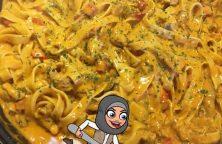 Tagliatelle pasta met kipfilet en champignons