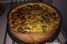 Vegetarische quiche met broccoli en courgette