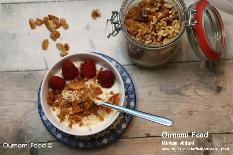 Lang houdbare walnootkoekjes Restjes als topping yoghurt ijs of vla