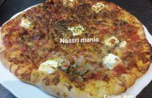 Pizza tonijn en mozzarella