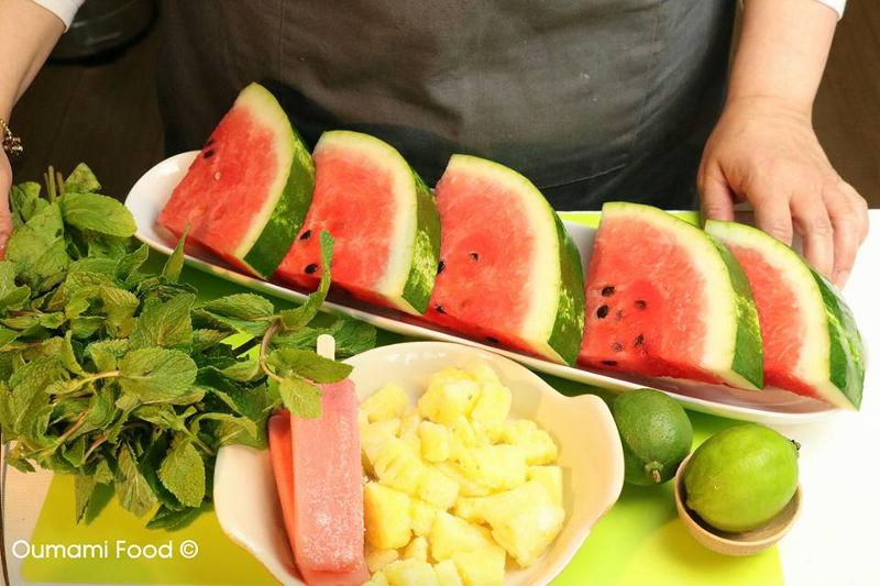 Erg verrassende frisse zomerse watermeloen shake ingrediënten